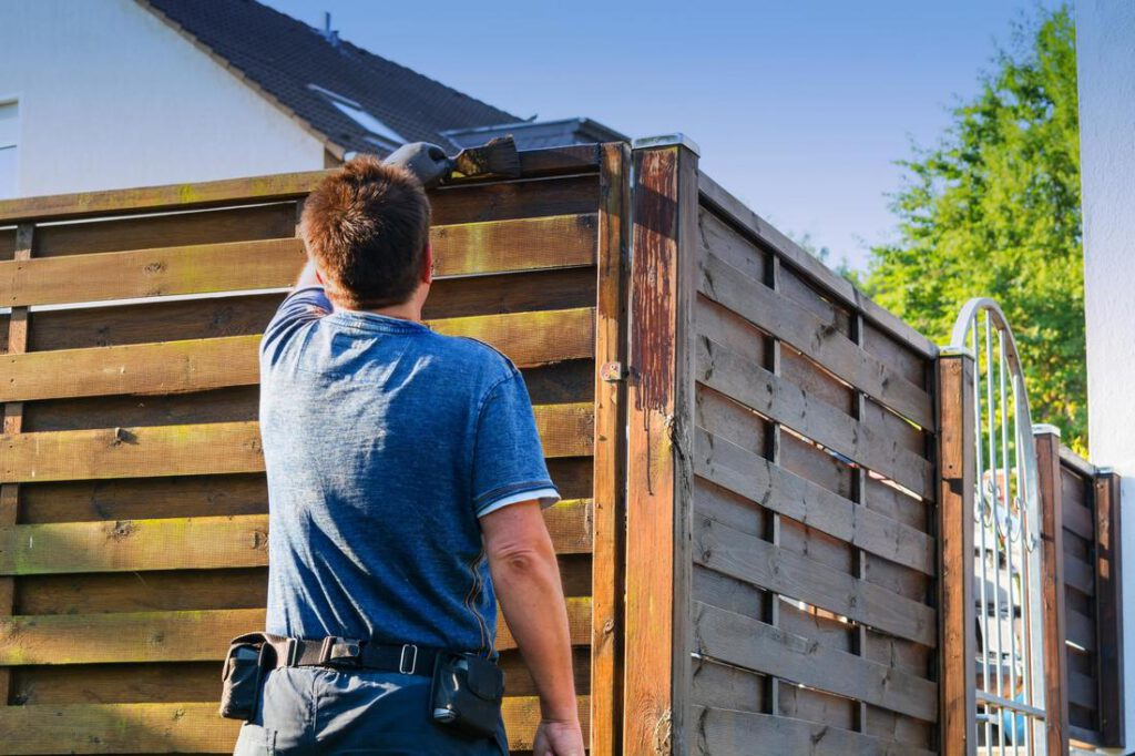 cypress-fence-pros-fence-painting-and-staining-1_orig