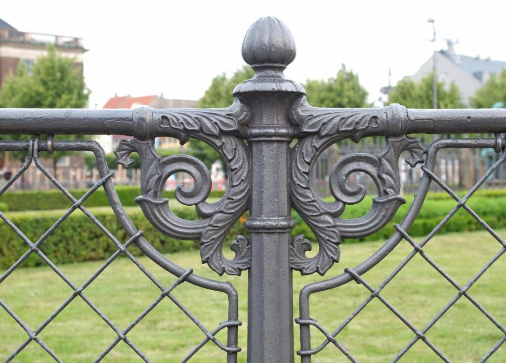 cypress-fence-pros-iron-and-aluminum-2_orig